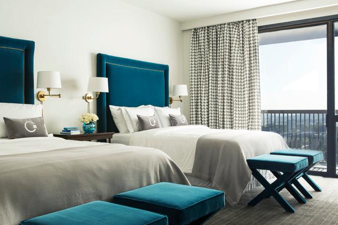 Peacock Blue Bedroom Walls Design Ideas