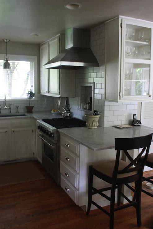 Small Kitchen Peninsula Transitional Kitchen Glidden