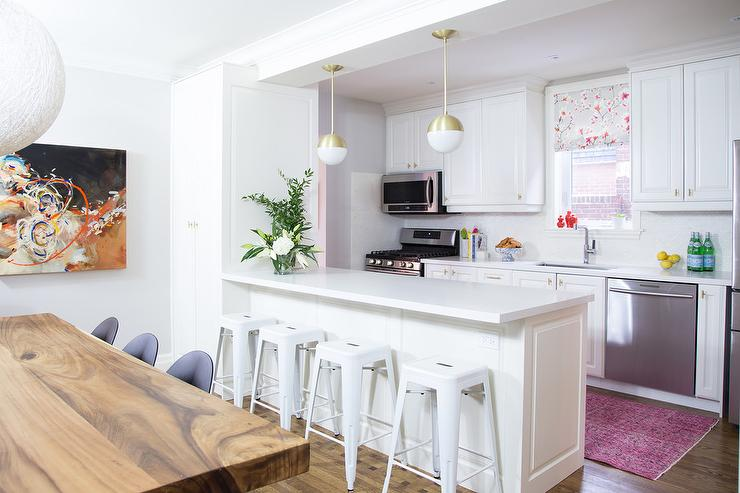 White Kitchen Island Stools