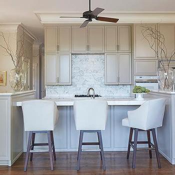 Fan Tile Backsplash Design Ideas