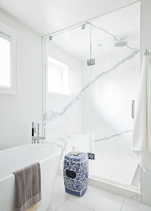 Seamless Door Shower Tub