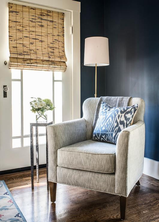 Light Accent Blue Velvet Chair