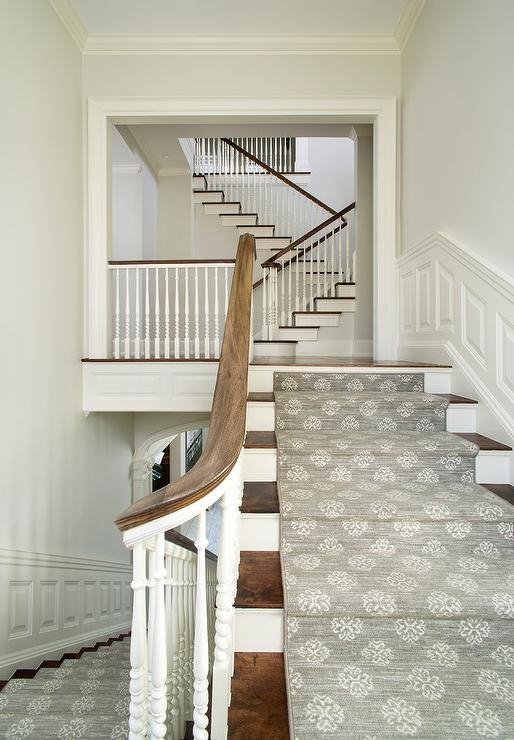 Two Tone Staircase With Gray Medallion Runner Transitional | Two Tone Wood Stairs | Timber | Partially Carpeted | White Back | Diy | Rug
