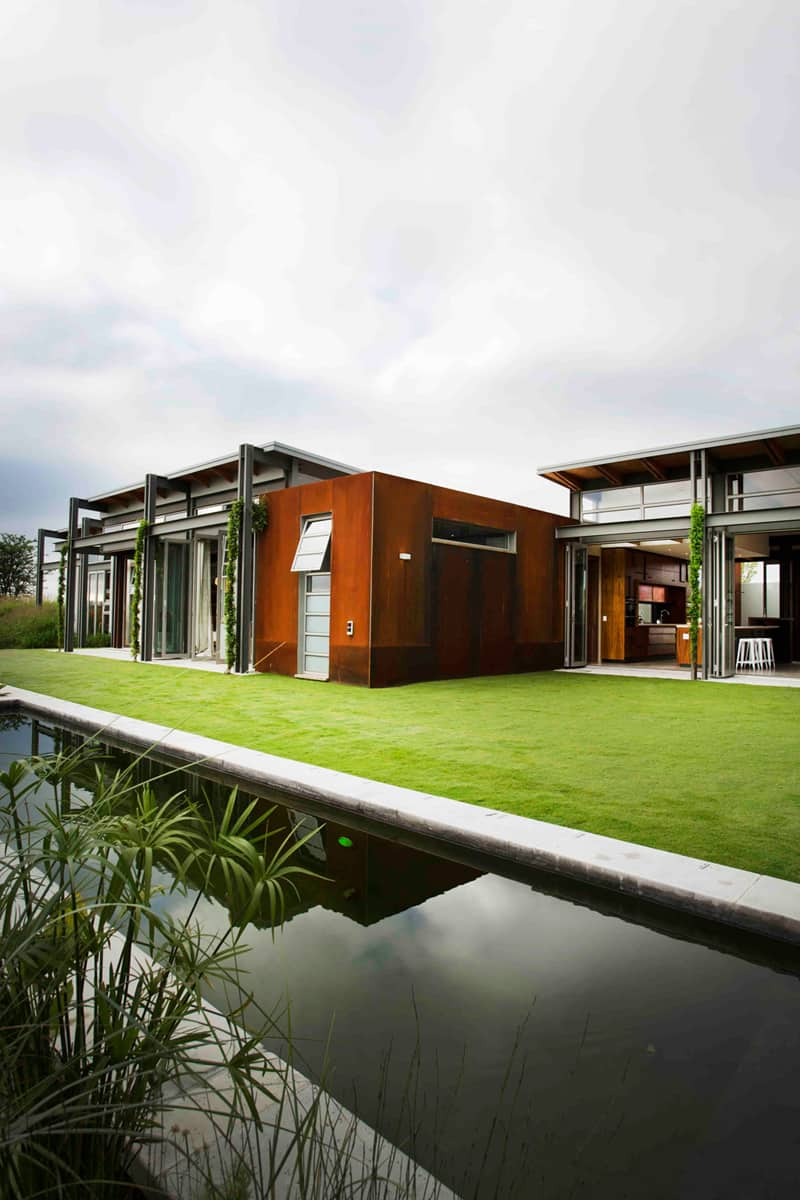 Warm In Winter Cold In Summer Modern Sustainable Home In