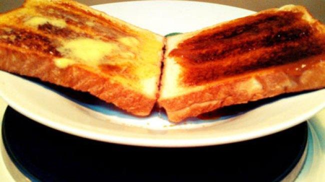 Roti Hangus Jadi Pereda Kembung?
