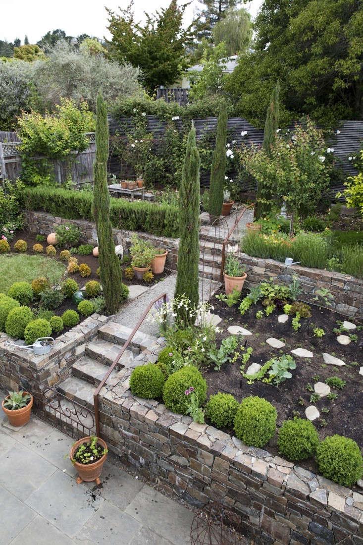How Create Raised Vegetable Garden