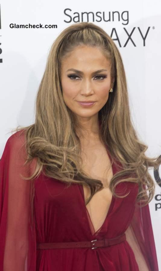 Carrie Underwood Hairstyles Bangs