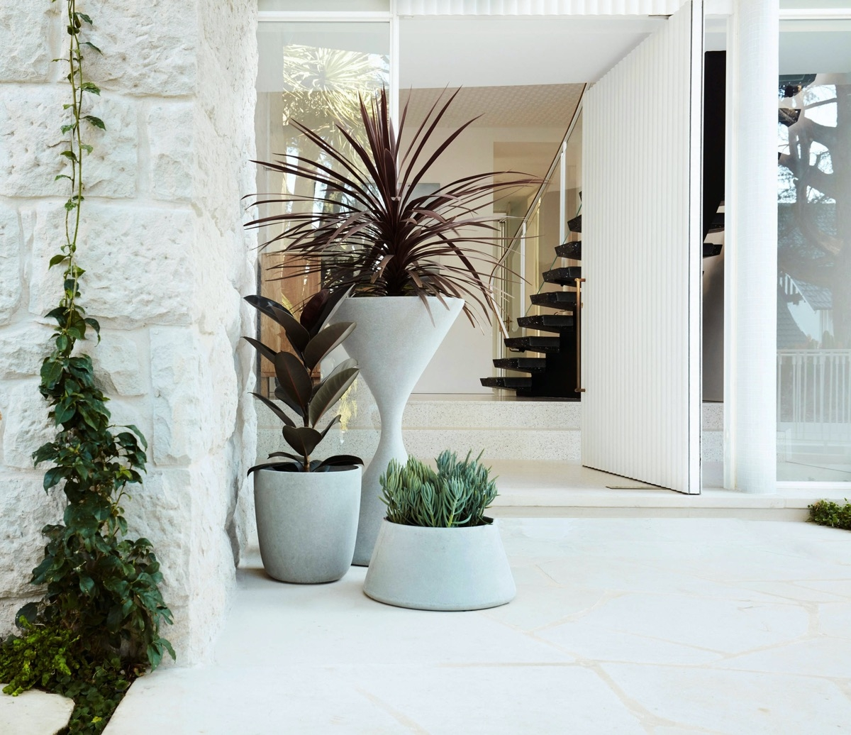 51 Fantastic Front Door Entrance Ideas With Tips To Help You | Modern Front Door Steps | Entrance | Bungalow Entrance | Modern House | Contemporary | Garden Entrance
