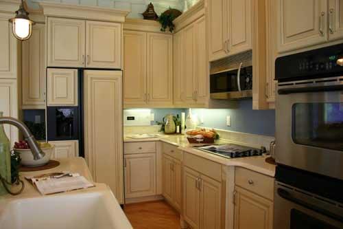 Small Kitchen Design Renovations