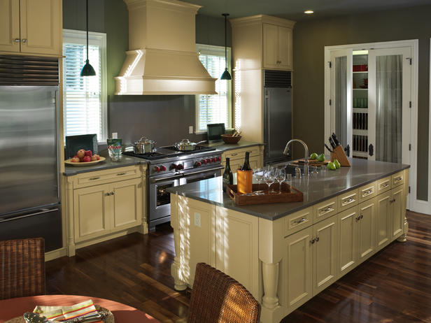 Small Efficient Kitchen Layouts