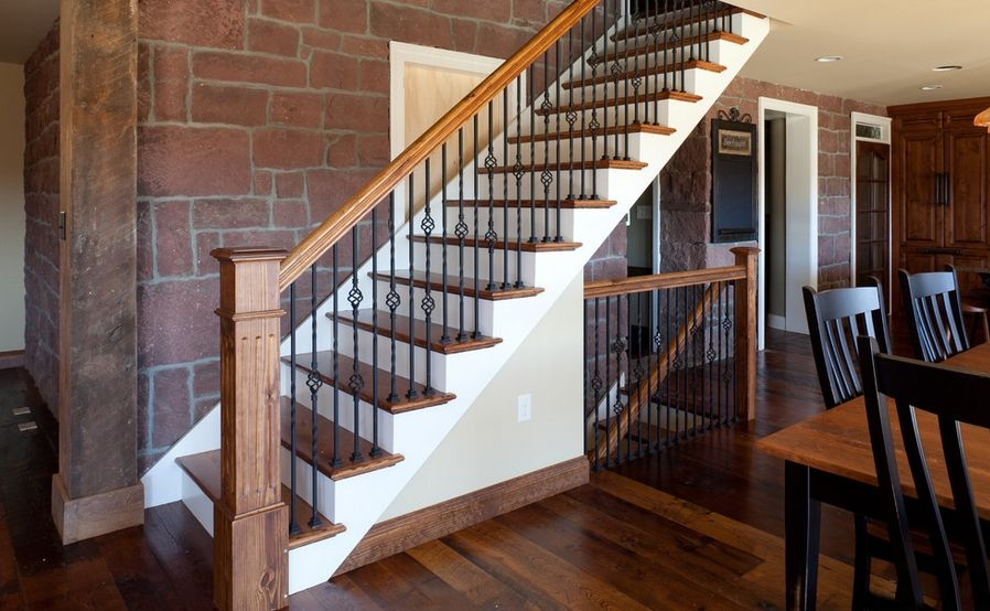 Interior Designs That Revive The Wrought Iron Railings | Wrought Iron And Wood Stair Railing | C Shaped | Banister | Elegant | Geometric | Design Iron