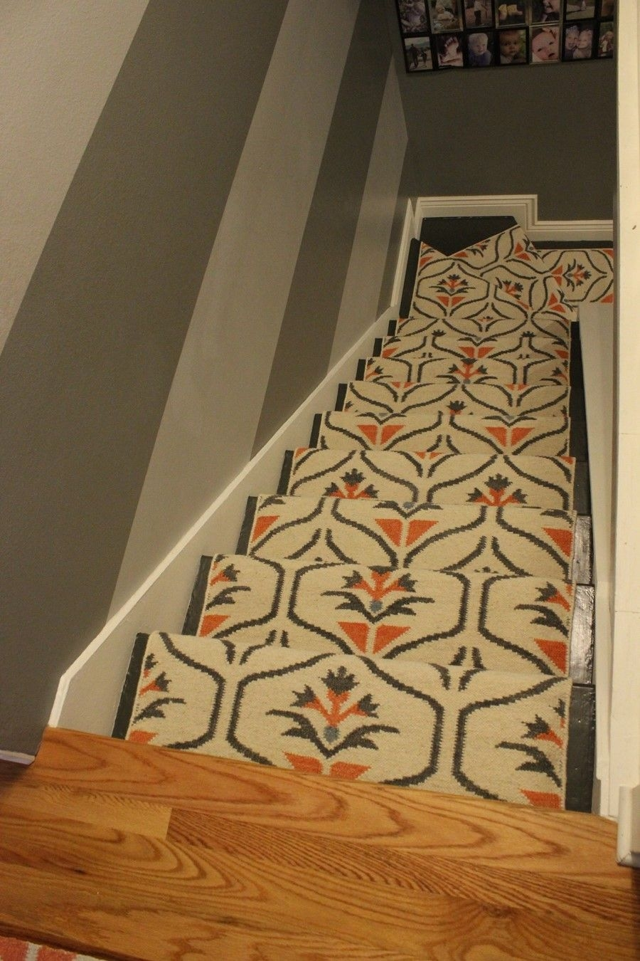 Update Your Staircase How To Remove And Install Carpet On The Stairs | Carpet For Bedrooms And Stairs | Modern Staircase | Staircase Remodel | Dark Grey Carpet | Stair Railing | Stair Treads