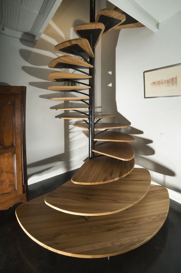 40 Breathtaking Spiral Staircases To Dream About Having In Your Home   Spiral Stairs For Small Spaces   Minimalist   Low Budget   Semi   Corner   Acrylic