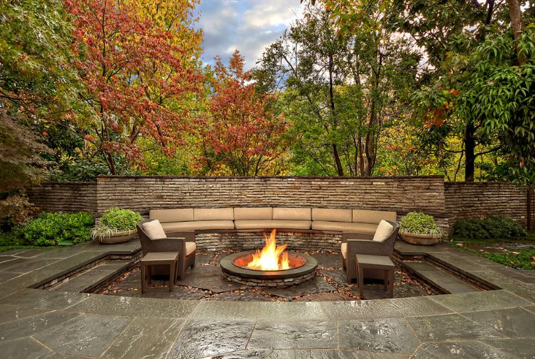 Sunken Gardens And Backyards Blend Privacy And Closeness