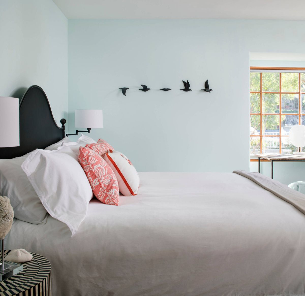 The Four Best Paint Colors For Bedrooms View in gallery  When you thought    bedroom paint colors