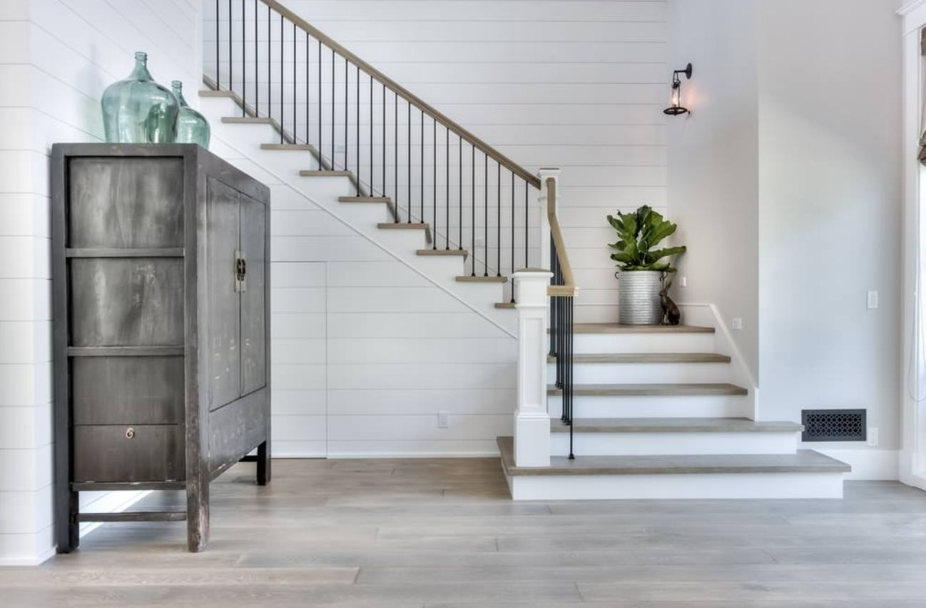 The 13 Types Of Staircases That You Need To Know | L Shape Stair Design