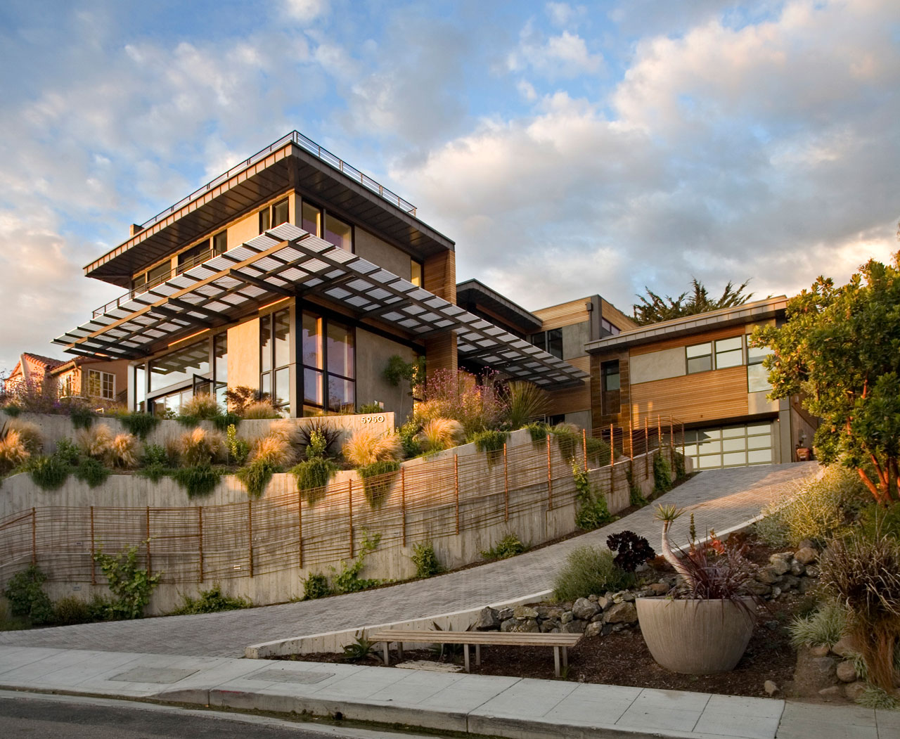 Margarido House A Contemporary Energy Efficient Home By