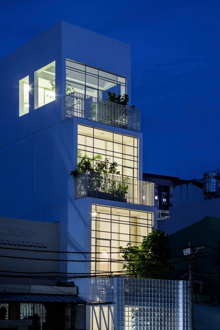 A Vertical Home In Ho Chi Minh City