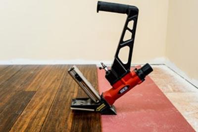2020 Hardwood Flooring Cost Installation Cost Per Square Foot | Installing Engineered Hardwood On Stairs | Laminate Flooring | Carpet | Edge Engineered | Nail Head | Dark Walnut
