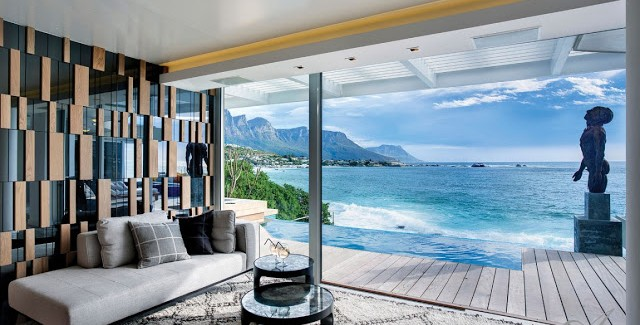 Clifton View Mansion By Antoni Associates Overlooking Cape Town     Clifton View Mansion By Antoni Associates Overlooking Cape Town     South  Africa  Contemporary Display of