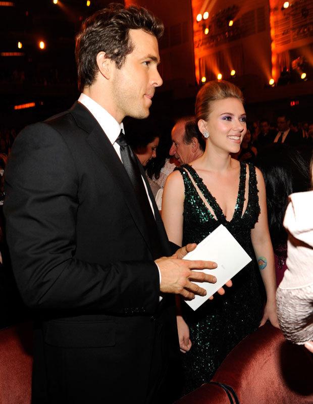 Scarlett Johansson files for divorce from husband Romain ...