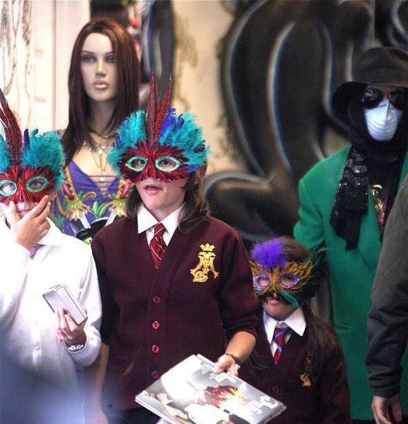 Michael Jackson bodyguard biopic: 13 HUGE shocks 'Secret ...