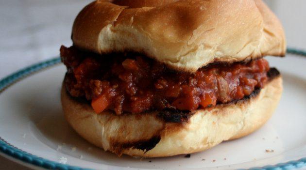 چه چیزی را از گوشت خرد شده بخورید: پای شیرینی