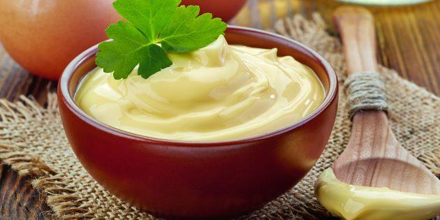 Hjemmelaget majones med eddik uten sennep: Enkel oppskrift