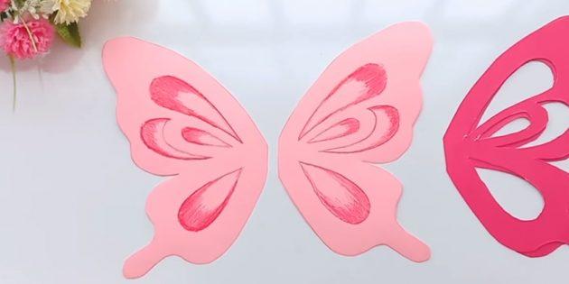 Schneiden Sie die rosa Details zu externen Schaltungen ab