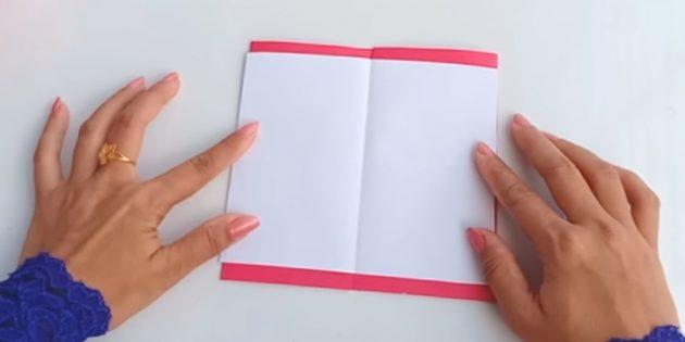 Piega la cartolina futura sulle linee di Bend