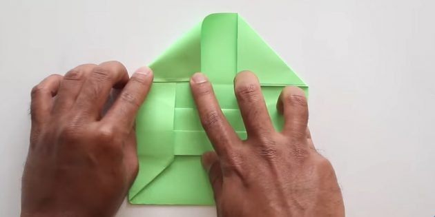Өз қолыңызбен конверт желімсіз: клапан пішінін беріңіз