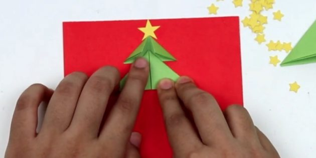 کارت پستال های سال نو با دستان خود: جزئیات دوم را نگه دارید