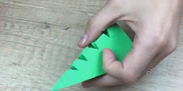 کارت پستال های سال نو آن را انجام دهید: مثلث برش