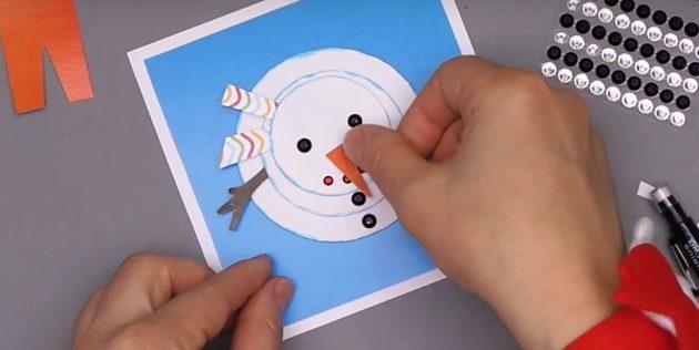 Жаңа жылдық ашық хаттарды қалай жасауға болады: снеговикті аяқтаңыз