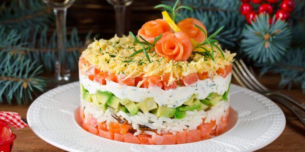 Resipi Salad: Puff salad dengan nasi, salmon, alpukat dan keju