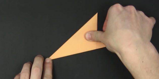 Cara Membuat Paper Snowflakes Dengan Tangan Anda Sendiri: Lipat Rajah