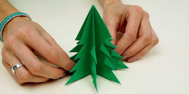 How to make a paper tree with your own hands
