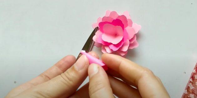 Поделки на 8 Марта: соберите цветок