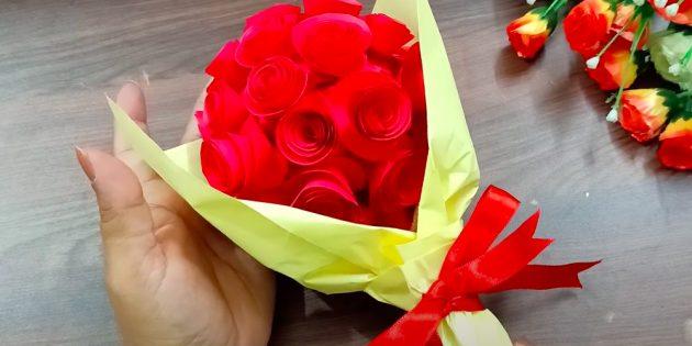 Ambachten voor 8 maart: Paper Bouquet