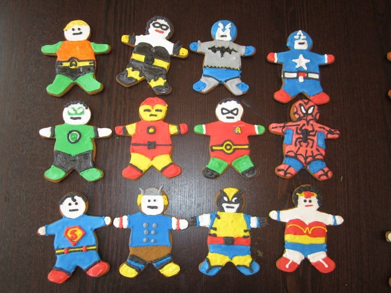 10 Amazing Gingerbread Cookie Designs For Christmas