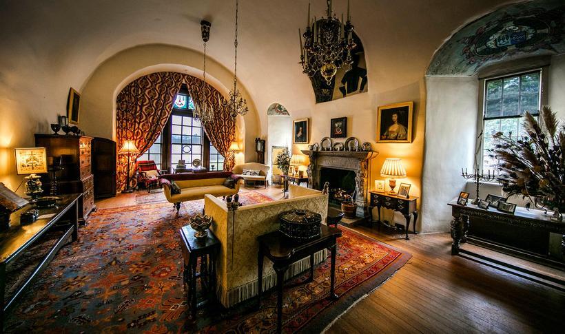 Inside Balmoral Castle Bedroom