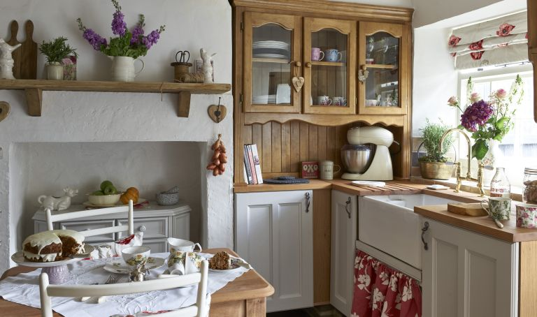 Kitchen Decor Small Kitchens