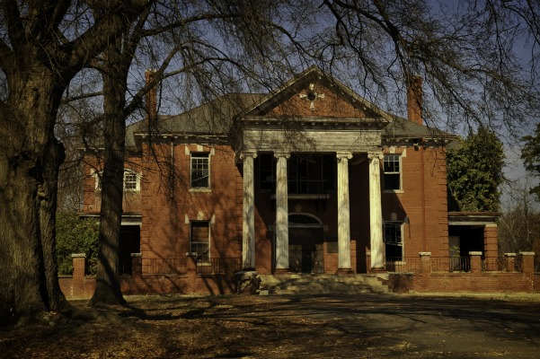 Eleven Abandoned Places Hiding In North Carolina