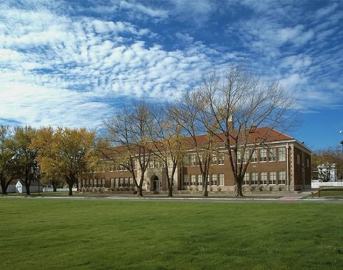 11 Historical Landmarks You Absolutely Must Visit In Kansas