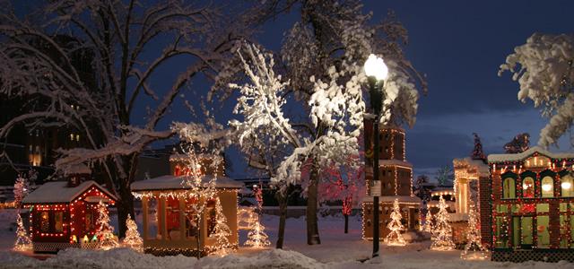 Zoo Lights Open Christmas