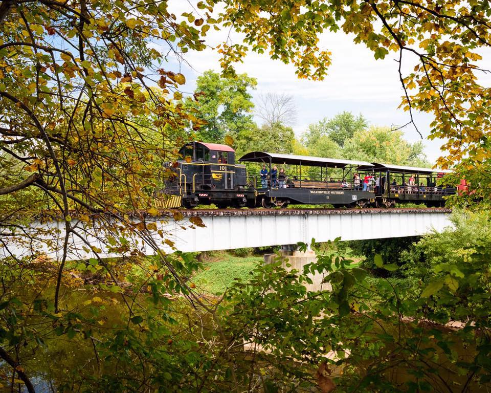 Best Train Ride To See Fall Foliage Near Baltimore
