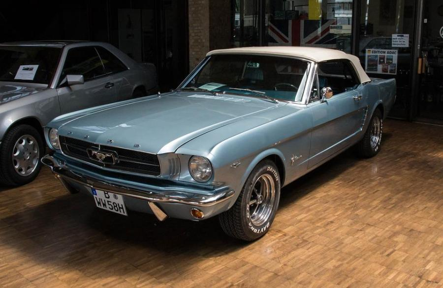 1965 ford cars » Mustang Images      Pixabay      Download Free Pictures Auto  Vehicle  Classic  Chrome  Ford