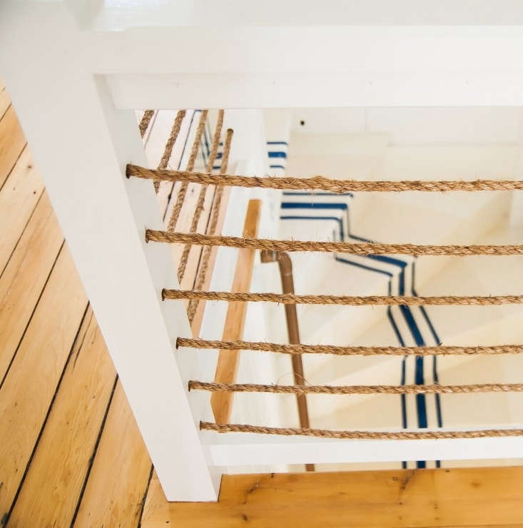 Netscapes 9 Stairwells With Nautical Enclosures And Rails | Nautical Rope Stair Railing | Ship Rope | Closed Staircase | Cottage Style | Banister | Minimalistic