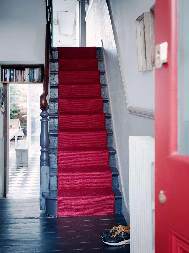 Remodeling 101 All About Stair Runners Remodelista | Outdoor Stair Carpet Runner | Anti Slip Stair | Porch | Flooring | Carpet Workroom | Indoor Outdoor