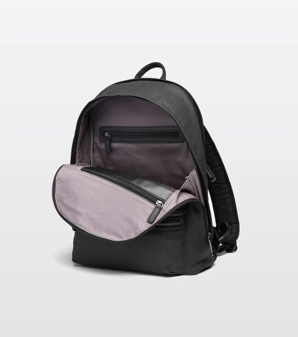 open backpack picture - HD1000×1133